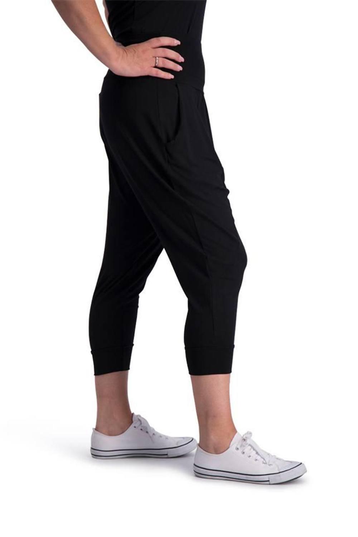 dc4da19ead7 Grote maten damesmode | MATELOOS | grote maten Designers :: Clothing ...